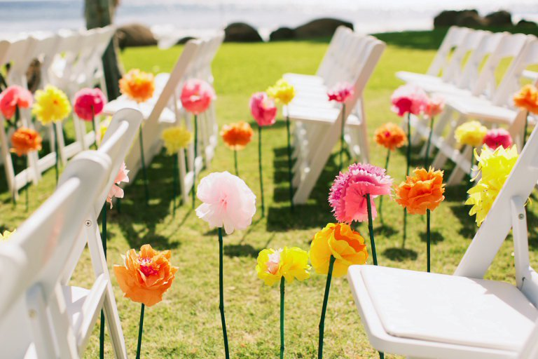 Outdoor Wedding Ideas Tips From The Experts: Sessy Tips For Low-Budget Weddings