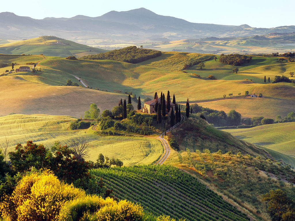 A Traveler's Guide to the Green Heart of Italy → Umbria -
